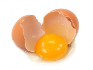 2011-04-05-08-40-58-4-the-egg-yolk-color-is-determined-by-what-the-hen-a