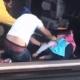 Татко со 5 годишната ќерка скокнал под воз – девојчето преживеало (Видео)