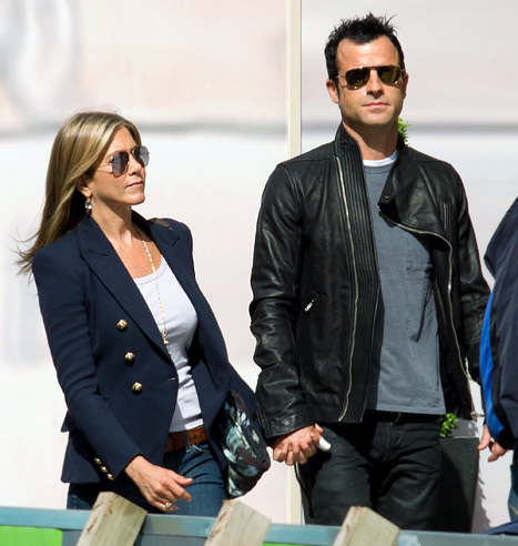 1339451526_jennifer-aniston-justin-theroux-article