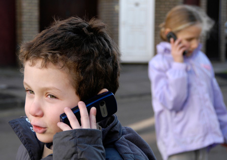 kids_phones