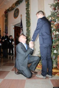 GAY-WEDDING-PROPOSAL-570