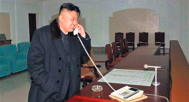 severna-koreja-kim-dzong-un-kim-dzong-un-raketa-raketa-unha-1355606924-241863