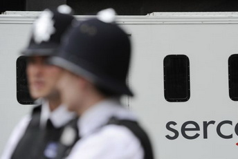 BRITAIN-POLICE-UNREST