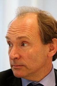 220px-Tim_Berners-Lee_closeup-200x300