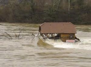 Drina-River-House-2