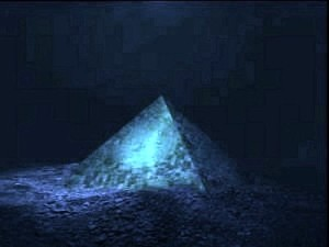 Giant-Crystal-Pyramid-Discovered-In-Bermuda-Triangle-1