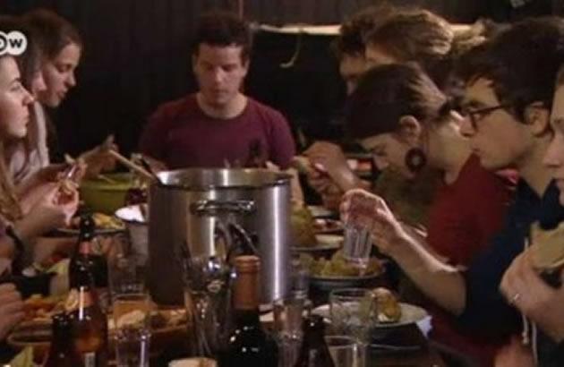 gozba studenti frlena hrana
