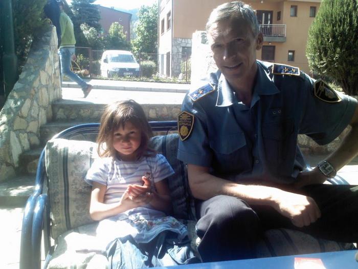 anika i policajac