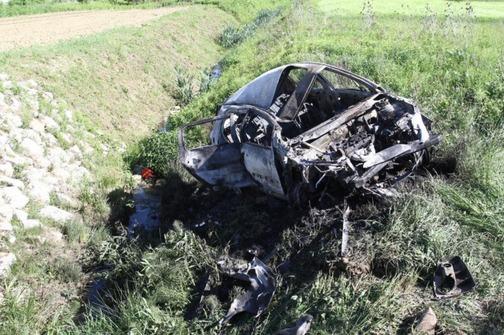 auto-sletio-s-ceste-u-lepoglavi-i-zapalio-se-vozac-u-bolnici-504x335-20130519-20130515112813-ed9c791dff19023a1928d20179c7591c