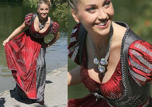 Swarovski-Dirndl-Dress