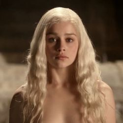 the-hottest-women-from-game-of-thrones-season-1-and-2-