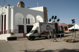 15-5-12marinaleda-setting-under-40-degrees-hot-sun-in-the-square-of-town-hall