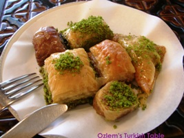2011-Grand-Turkey-tour-Baklava-with-OTT