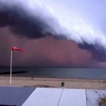 Силна и ретка бура се приближува кон Европа