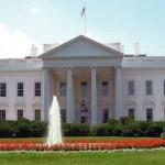 Тројца новинари кои известуваат од Белата куќа инфицирани со коронавирус