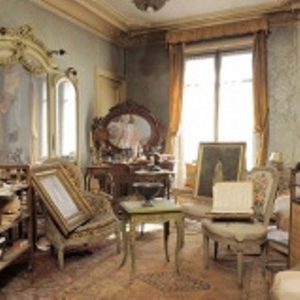 perfectly-preserved-paris-apartment-discovered-after-70-years-with-valuables-and-paintings-7_1389280848_159x159