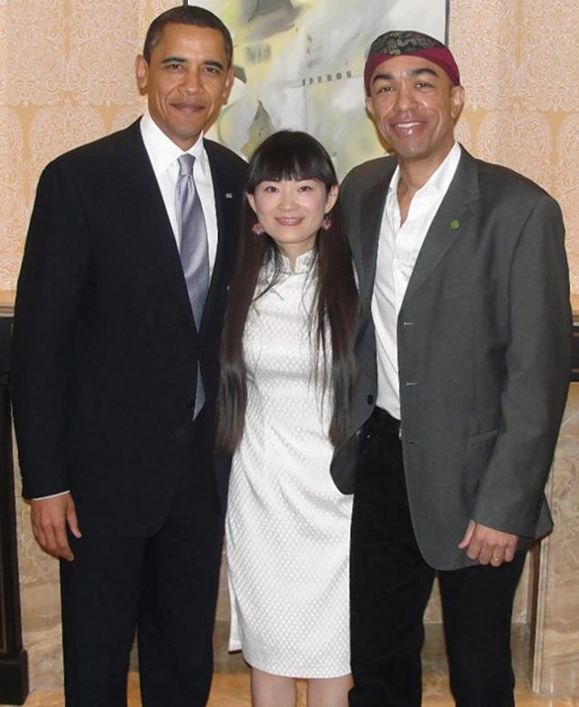 china-guangzhou-mark-obama-book-launch