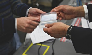 A smartcard is handed over