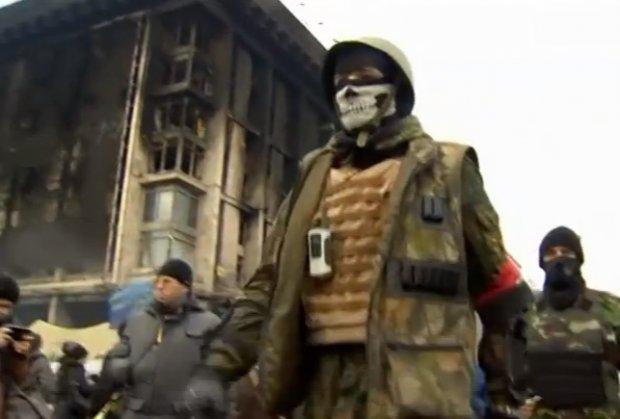 neonacisti-ukrajina-foto-printscreen-yt-1393924549-455591