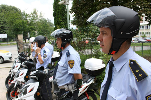 policajci skuteri