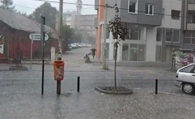 nevreme-u-kragujevcu-foto-print-screen-youtube-1377700957-358227-650x396