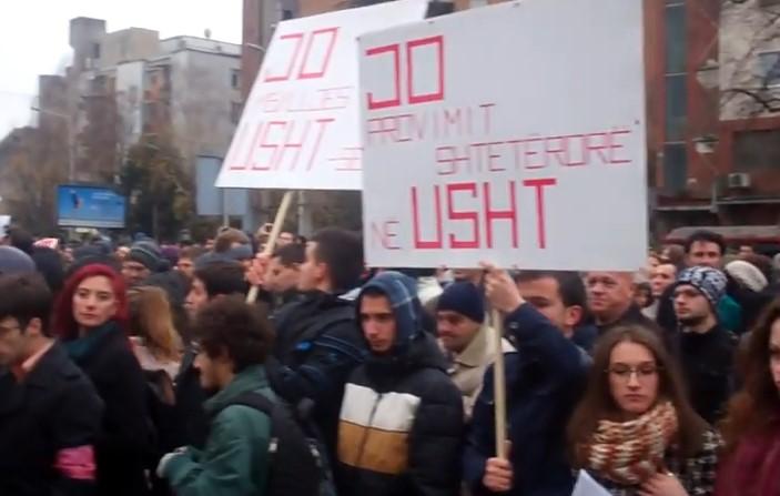 protesti studenti mk