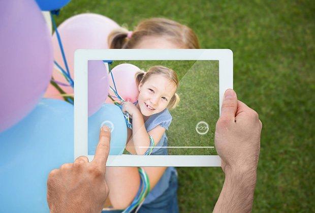 devojcica-snimanje-tablet-foto-profimedia-1423490893-615391
