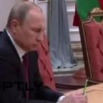 Путин му понуди помош на Макрон за обновата на Нотр Дам по трагичниот пожар
