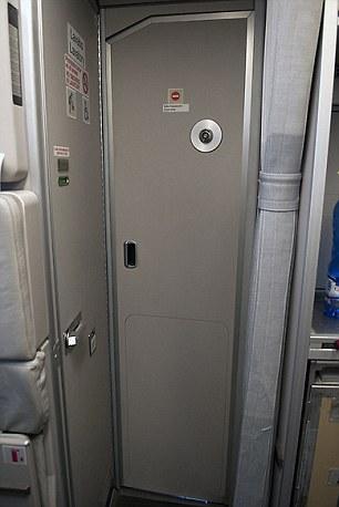 kokpit avion vrata pilot