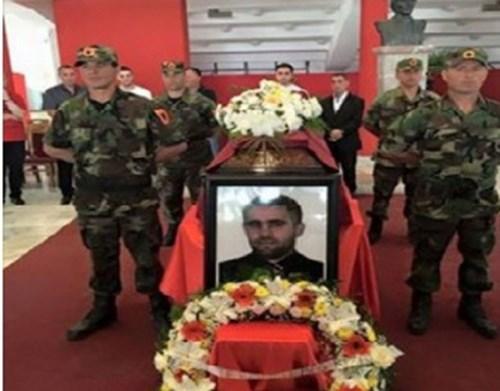 kosovo pogreb terorist