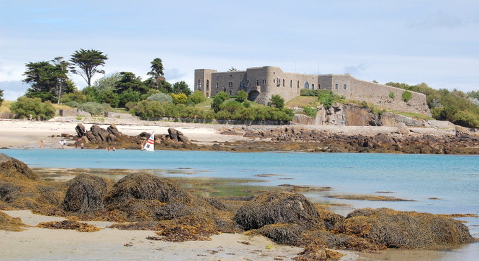 chausey_le_fort-735x400