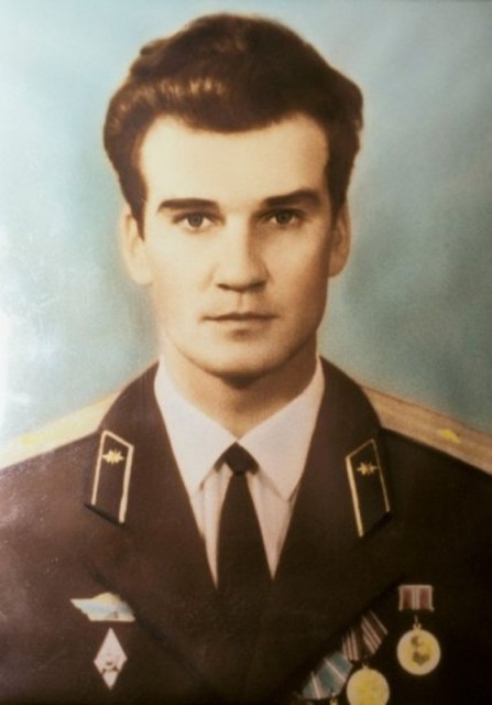 stanislav-petrov-spasil-svetot-treta-sv-02-447x640