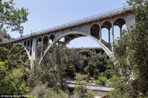 colorado-st-bridge-pasadena_thumb_medium500_333