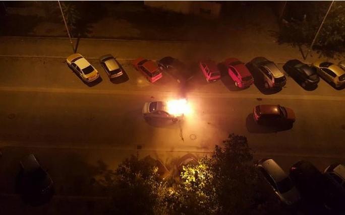 zapalen avtomobil kola pozar