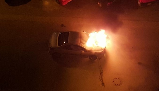zapalen avtomobil kola pozar2