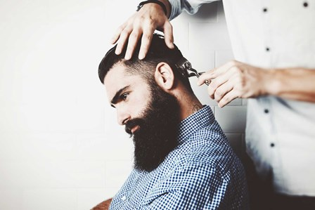 beards-men-haircut-sitting-1920x1280