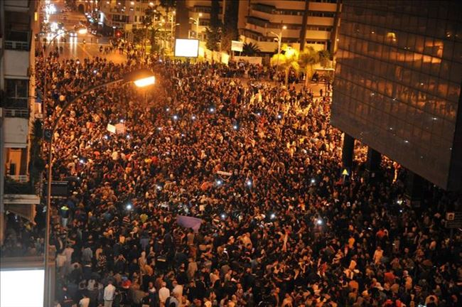 Turcija-narod protiv vojska