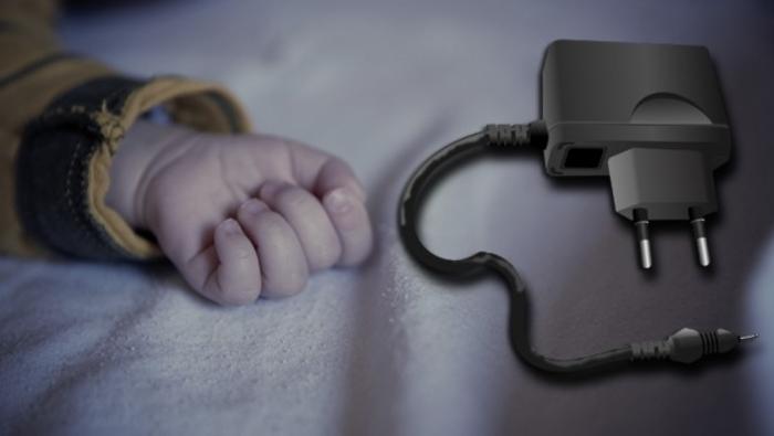 bebina-ruka-punjac-za-telefon-620x350-92116