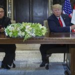 Трамп и Ким потпишаа историски договор