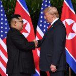 Историска средба, Трамп и Ким на заедничка маса