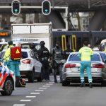 Пукање во Холандија: Решетал луѓе во трамвај, има мртви и повредени, полицијата во потера