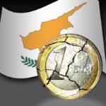 Русите масовно ги повлекуваат парите од кипарските банки