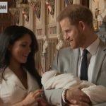ФОТО: Први фотографии од новото кралско бебе – Меган и Хари пресреќни