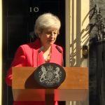 Тереза Меј се расплака додека ја најавуваше својата оставка (ВИДЕО)