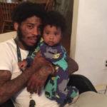 Татко монструм: 11-месечниот син го користел како штит додека пукале во него