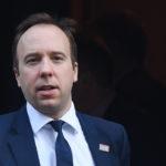 И британскиот министер за здравство позитивен на коронавирус